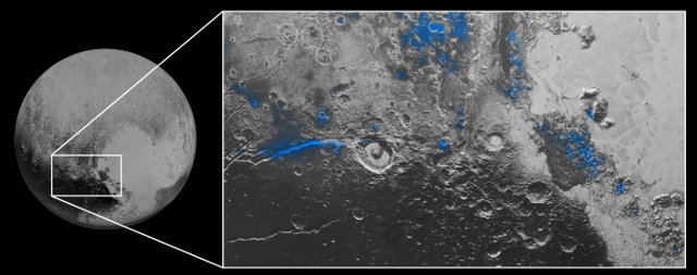 Ghiaccio d'acqua su Plutone evidenziato con il colore blu (Immagine NASA/JHUAPL/SwRI)