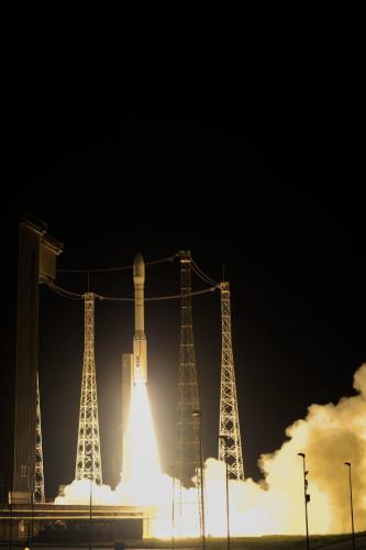 La sonda spaziale LISA Pathfinder al decollo su un razzo vettore Vega (Foto ESA–Stephane Corvaja)