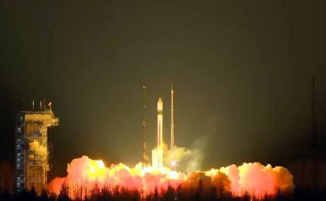 Il satellite Sentinel-3A al decollo su un razzo vettore Rockot (Foto ESA)