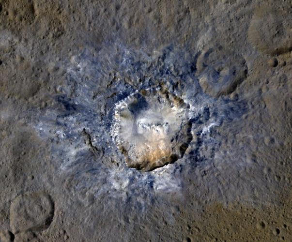 Il cratere Haulani su Cerere (Foto NASA/JPL-Caltech/UCLA/MPS/DLR/IDA)