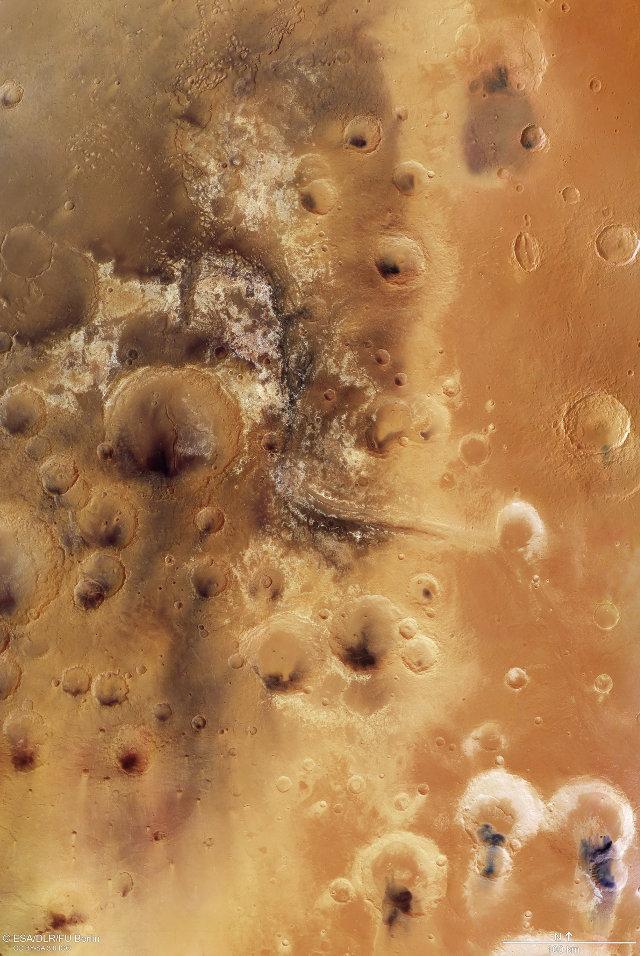 Vista della Mawrth Vallis (Immagine ESA/DLR/FU Berlin, CC BY-SA 3.0 IGO)
