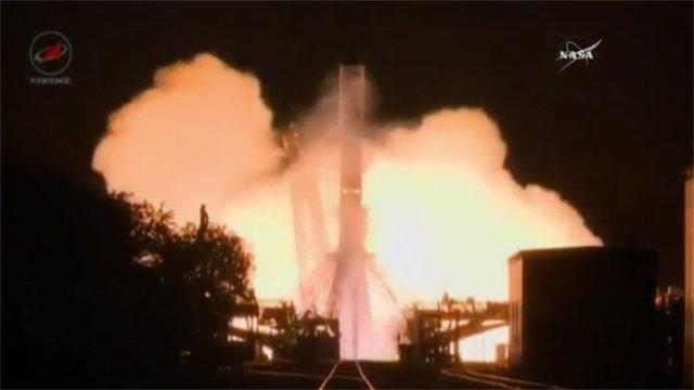 Il cargo spaziale Progress MS-3 al decollo su un razzo vettore Soyuz U (Immagine NASA TV)