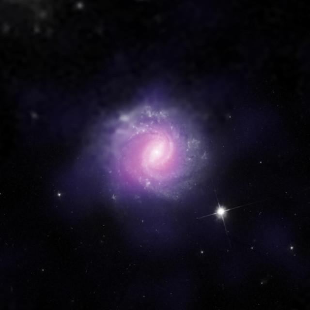 IC 3639 in un'immagine che combina dati dal telescopio spaziale Hubble e dell'ESO (Immagine NASA/JPL-Caltech/ESO/STScI)
