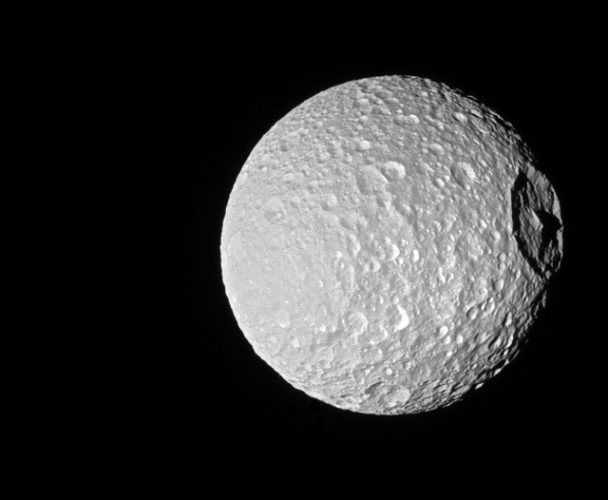 Mimas (Foto NASA/JPL-Caltech/Space Science Institute)