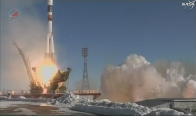 Il cargo spaziale Progress MS-5 al decollo su un razzo Soyuz U (Immagine NASA TV)