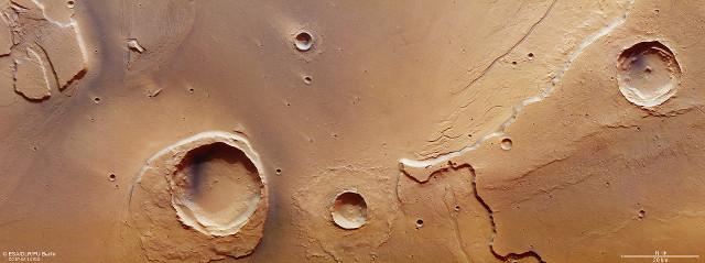 Le Kasei Valles (Foto ESA/DLR/FU Berlin, CC BY-SA 3.0 IGO)
