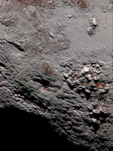 Wright Mons su Plutone (Immagine NASA/JHUAPL/SwRI)