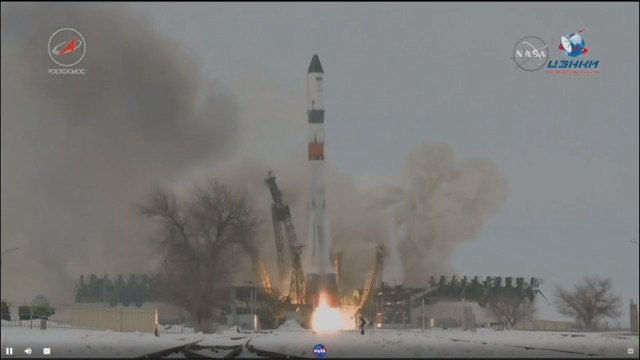 Il cargo spaziale Progress MS-8 al decollo su un razzo Soyuz 2.1a (Immagine NASA TV)