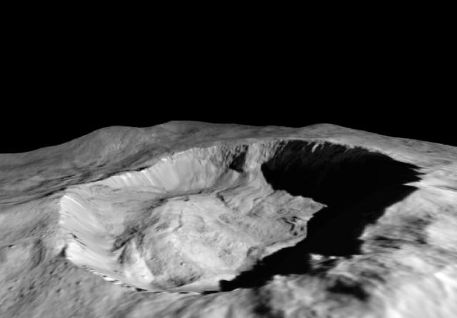 Il cratere Juling (Immagine NASA/JPL-Caltech/UCLA/MPS/DLR/IDA/ASI/INAF)