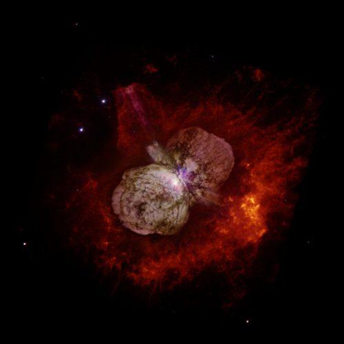 Il sistema di Eta Carinae (Immagine NASA, ESA, and the Hubble SM4 ERO Team)