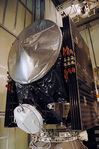 La sonda spaziale Dawn durante la sua preparazione (Foto NASA/Amanda Diller)