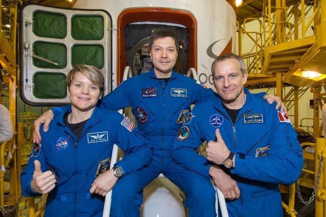 Anne McClain, Oleg Kononenko e David Saint-Jacques (Foto NASA/Victor Zelentsov)