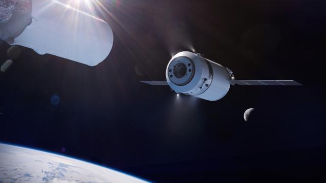 Concetto artistico del cargo spaziale Dragon XL dopo la separazione dal secondo stadio del razzo Falcon Heavy (Immagine cortesia SpaceX)