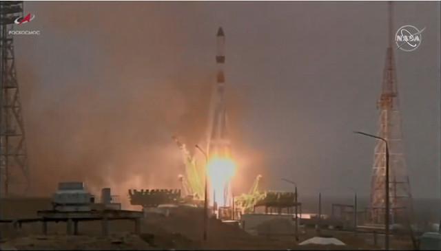 Il spaziale Progress MS-16 al decollo su un razzo vettore Soyuz-2.1a (Immagine NASA TV)