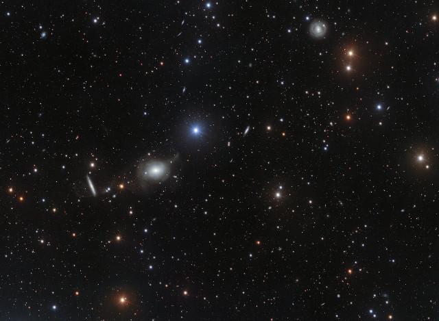 Il cielo attorno a NGC 5018