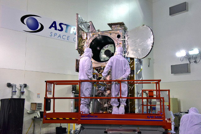 ICESat-2 durante la fase di test (Foto cortesia USAF 30th Space Wing/Timothy Trenkle)