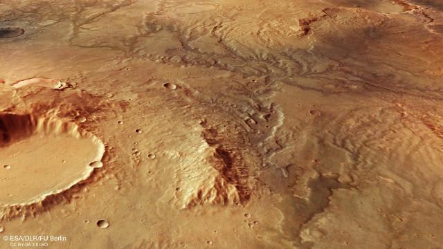 Vista in prospettiva dell'antichissimo sistema fluviale su Marte (Immagine ESA/DLR/FU Berlin, CC BY-SA 3.0 IGO)