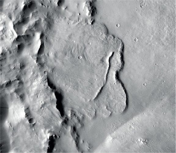 Bacino su Marte che poteva ospitare un lago (Immagine NASA/JPL-Caltech/MSSS)