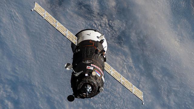 Il cargo spaziale Progress MS-15 si avvicina alla Stazione Spaziale Internazionale (Immagine NASA)