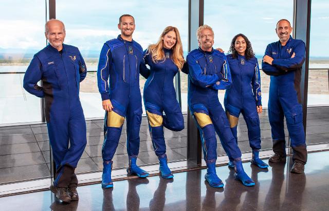 L' equipaggio dello spazioplano VSS Unity (Foto cortesia Virgin Galactic)